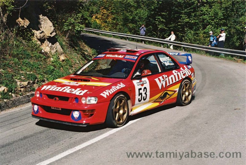 In 1998, another Belgian driver Renaud Verreydt drove this car with a new Winfield livery.