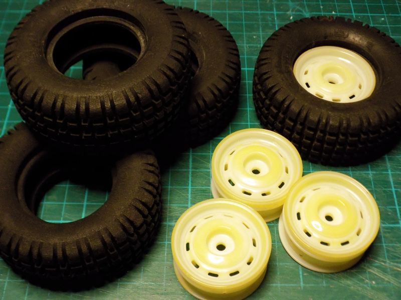 jr_scale_vw_002_002_tyres.jpg